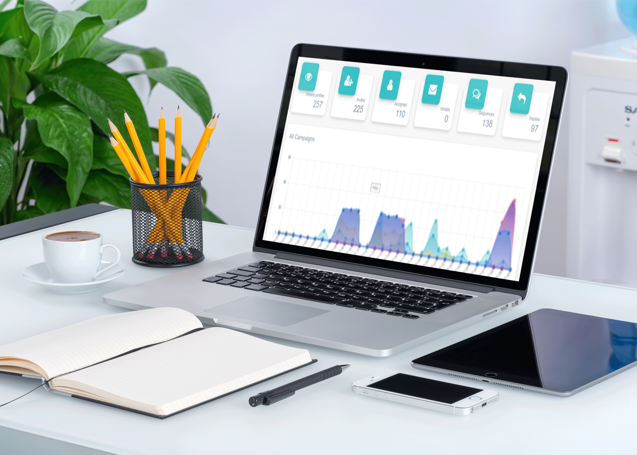 Macbook-on-Desk-Mockup-PSD